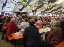 Über 150 Gäste bei Markus Rinderspacher im Puchheimer Festzelt