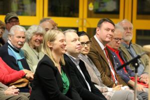 Ein Blick in die Zuhörerschaft beim Vorwort von Marga Wiesner