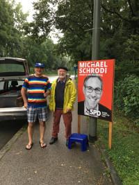 SPD Puchheim beim Plakatieren